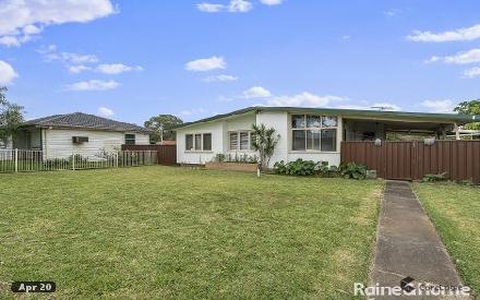 Property photo of 25 Lamont Place Cartwright NSW 2168