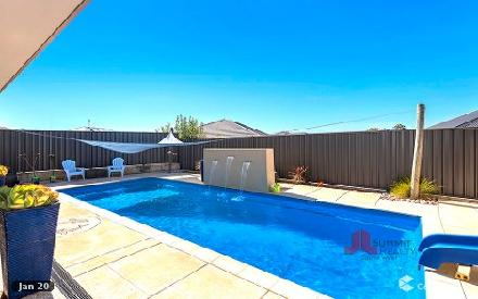 Property photo of 12 Arnold Link Australind WA 6233