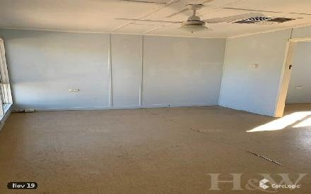 Property photo of 35 Francis Street Clermont QLD 4721