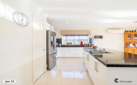 Property photo of 2 Gallant Road Point Cook VIC 3030