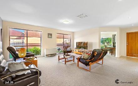 Property photo of 18 Sandalwood Avenue Hillside VIC 3037