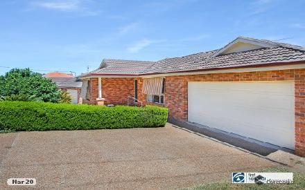 Property photo of 99 Glengarvin Drive Oxley Vale NSW 2340