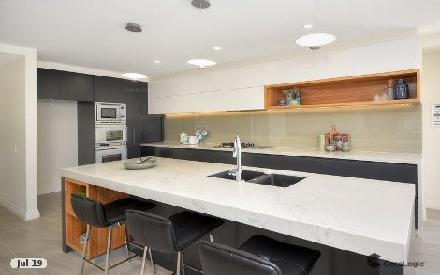 Property photo of 25 Montevideo Drive Clear Island Waters QLD 4226