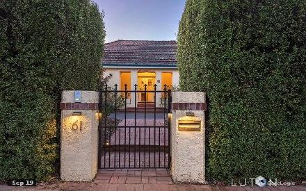 Property photo of 61 Flinders Way Griffith ACT 2603