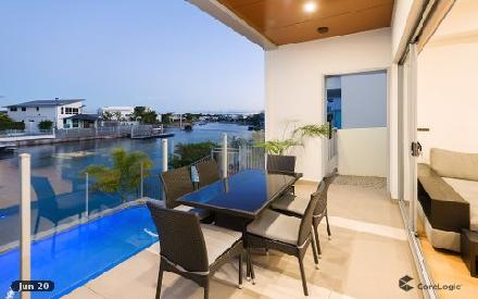 Property photo of 1/81 Compass Drive Biggera Waters QLD 4216