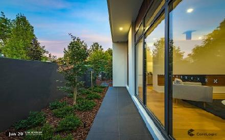 Property photo of 16 Hampton Circuit Yarralumla ACT 2600