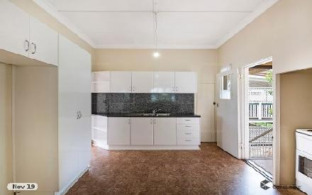 Property photo of 32 Swain Street Holland Park West QLD 4121