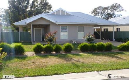 Property photo of 11 Sweetwater Drive Henty NSW 2658