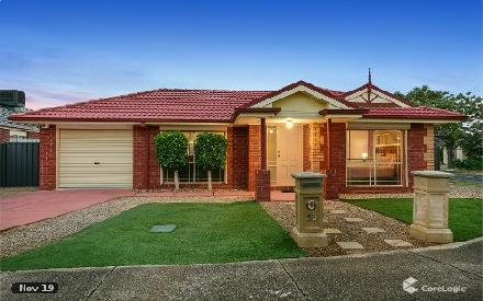 Property photo of 53 Heysen Parkway Caroline Springs VIC 3023