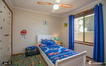 Property photo of 1 Banker Court Epping VIC 3076
