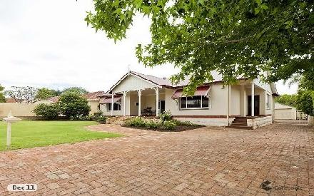 Property photo of 11 Alison Road Attadale WA 6156