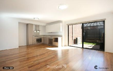 Property photo of 1 Marwedel Avenue Clyde North VIC 3978