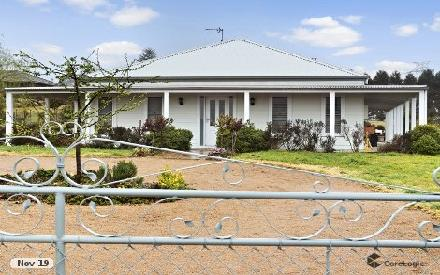 Property photo of 28 Windsor Crescent Moss Vale NSW 2577